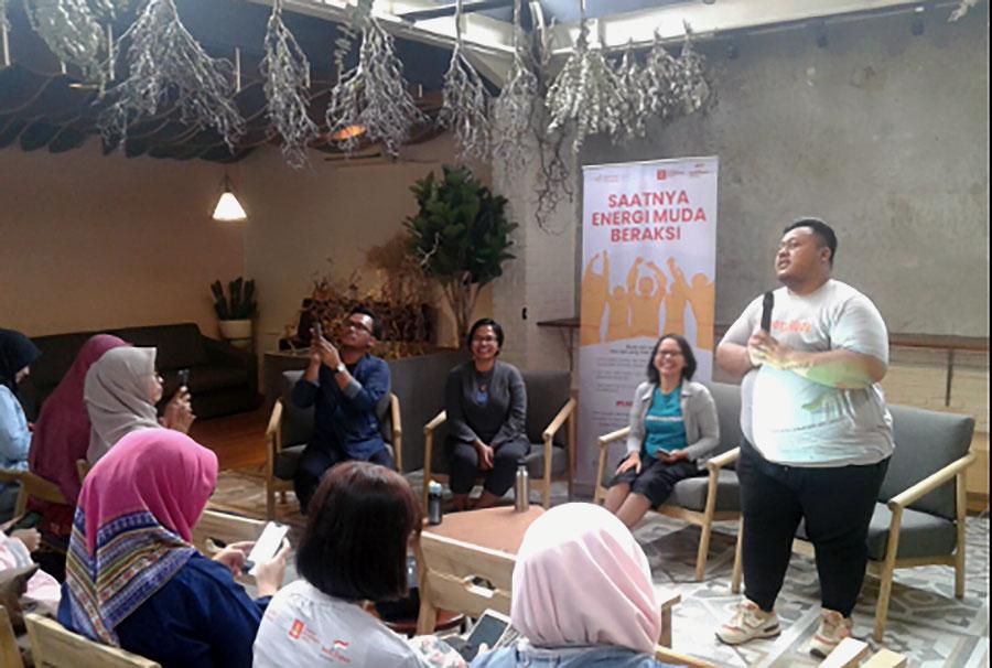 Puluhan Anak Muda Bandung Berkumpul Bahas Energi Terbarukan